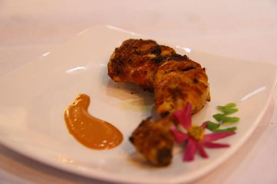 Sona Indian Cuisine & Asian Food Restaurant - Cafe - Bar