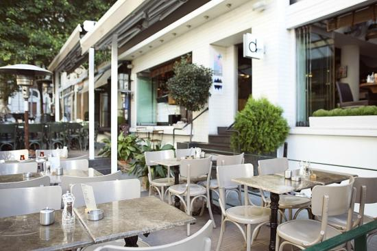 Den Cafe