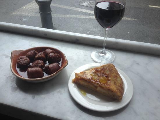 Jose Tapas Bar: Nice