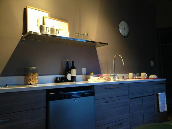 The Nash: Such a nice kitchen area