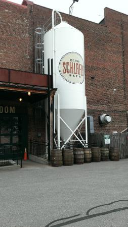 Schlafly Tap Room: Exterior