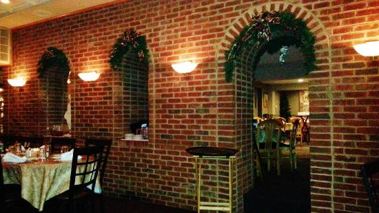 Oliverio's Ristorante: Every dining area has its own special charm