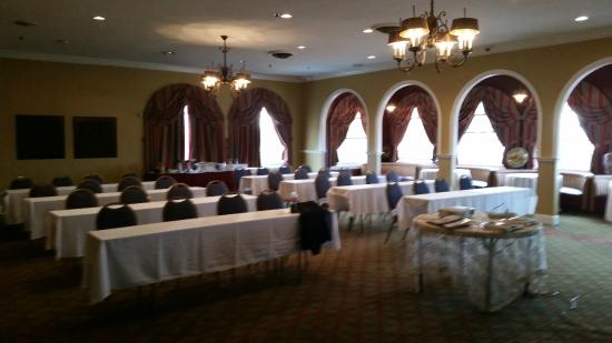 La Posada Hotel: well appointed meeting room