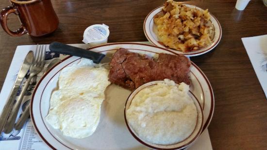 Golden Griddle Family Restaurant Steak And Eggs Breakfast Of Golfers