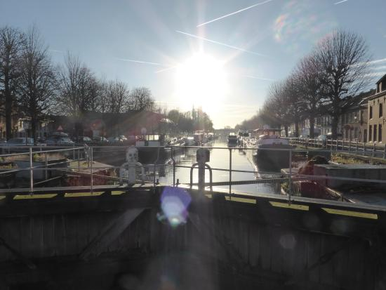 Rosenburg Hotel: The canal