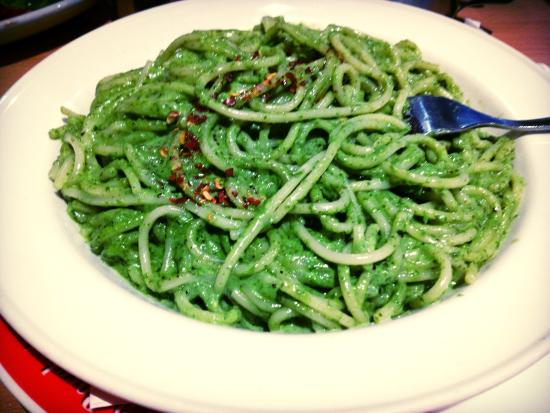 La Porchetta: Pesto Spaghetti.