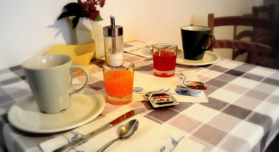 Dimora di Bosco Room & Breakfast: Desayuno