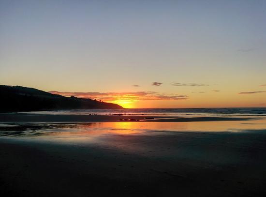 Ngarunui Beach : Por do sol