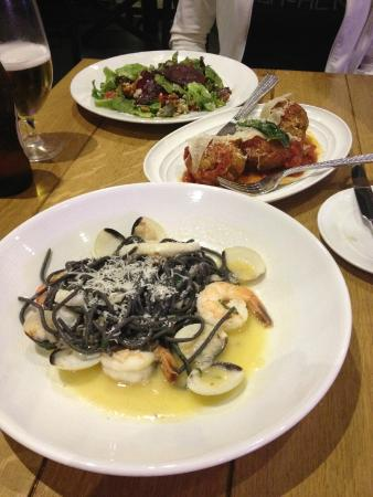 seafood squid ink - Picture of Vivo Italian Kitchen, Orlando ...