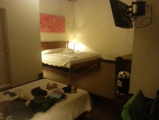 61Prado Guesthouse: Room 402!