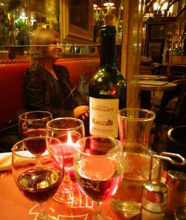 Au Pere Tranquille : la tavola