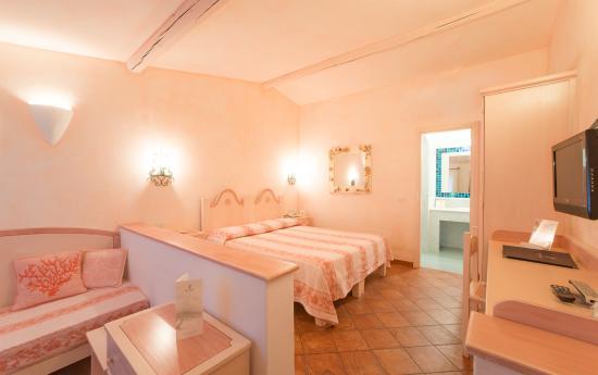 Hotel Ollastu Residence : Comfort room