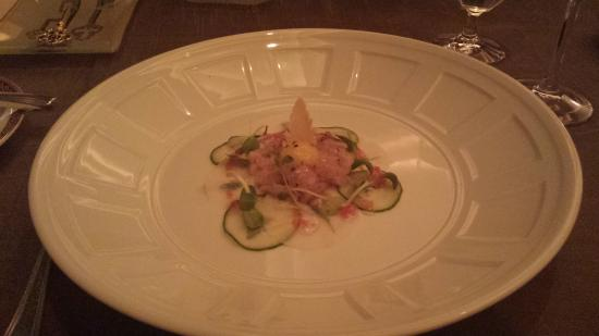 Alize at the Palms: HAMACHI TARTARE