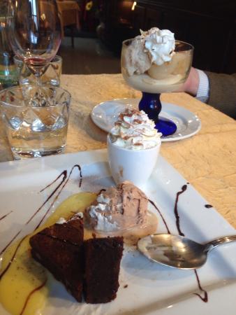 Restaurant La Hulotte Au Lion D'or : La glace au pain d'épice est un délice