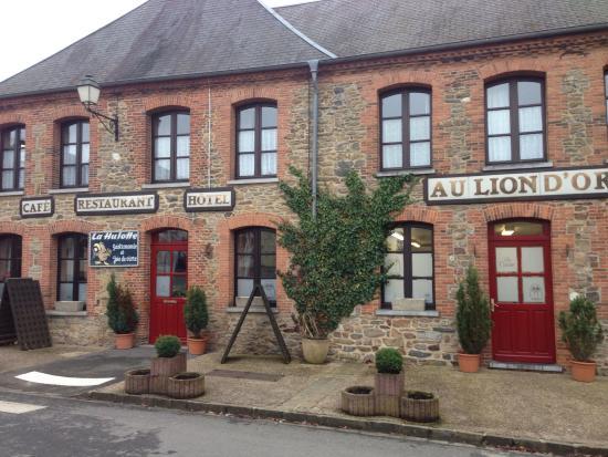 image Restaurant La Hulotte Au Lion D'or sur Signy-Le-Petit