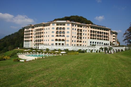 Resort Collina d'Oro: Внешний вид отеля