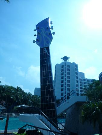 Hard Rock Cafe Pattaya: HRC Exterior 1