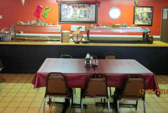 Erin, TN: Buffet & salad bar