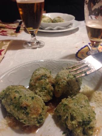 Weinhaus Happ: Gnocchi di spinaci con formaggio.