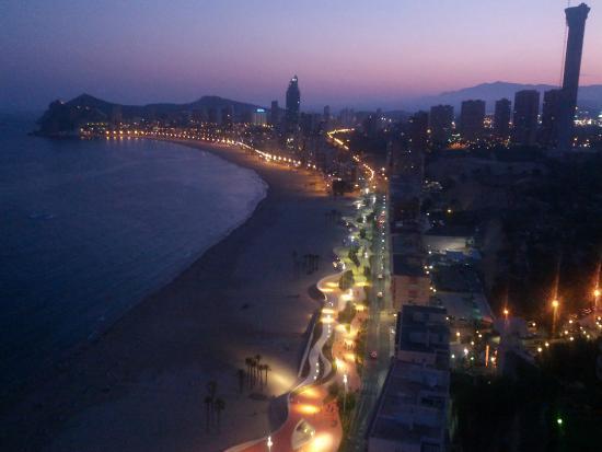 เทอร์รา มิติกา: Poniente Noche