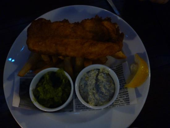 Old Churches House Hotel: Beer Battered Fish with Mushy Peas