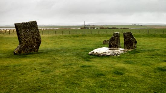 Karrawa Guest House: Standing stones of Stenness