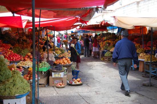 Venta de frutas y verduras en Mercado Central de Sucre: fotografía de Mercado Central, Sucre - Tripadvisor
