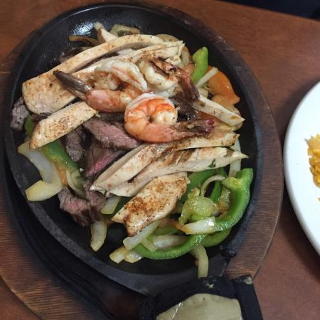 Little Hacienda: Beef, Chicken, Shrimp Fajitas