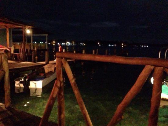 Maracuya Restaurant: Night