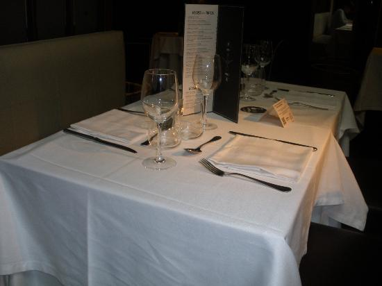 Flamant Restaurant: NIce Tables