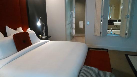 The Spire Hotel Queenstown : La mala geografía del baño