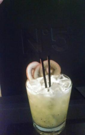The Spire Hotel Queenstown : Coctel en No 5