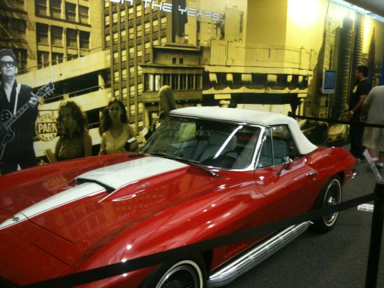 National Corvette Museum >> Corvette Kuva National Corvette Museum Bowling Green