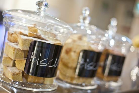 Miller Howe Cafe : Biscuits!