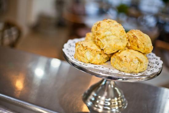 Miller Howe Cafe : Freshly baked cheese scones