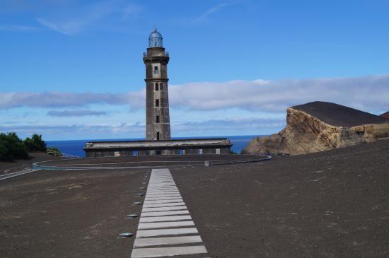 Capelinhos: маяк