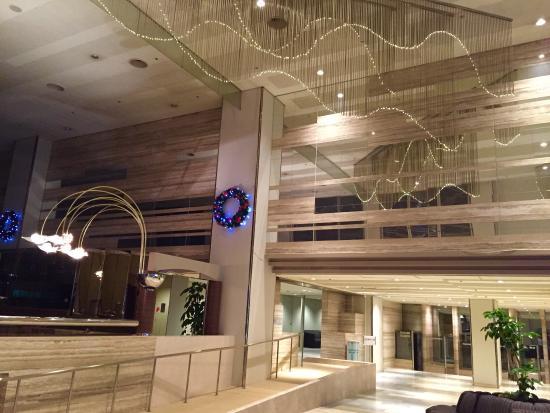 Laforet Biwako : 飯店大廳有wifi.地下室有溫泉(到晚上12點),就在琵琶湖邊,還算蠻悠靜,房間很大間