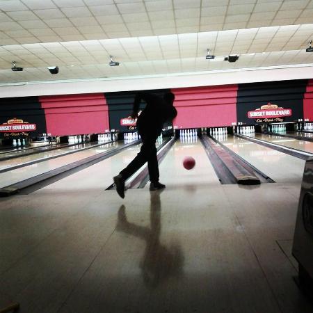 10 pin bowling aberdeen