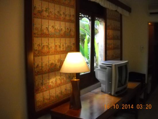 Sahadewa Resort & Spa: window