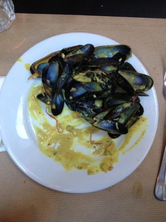 L'Endroit : Des Moules avec curry. Magnifique