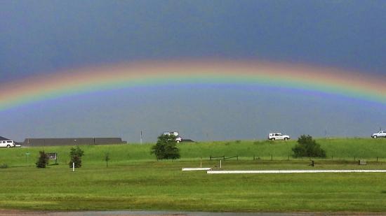 Super 8 Perham : Nice view of a rainbow
