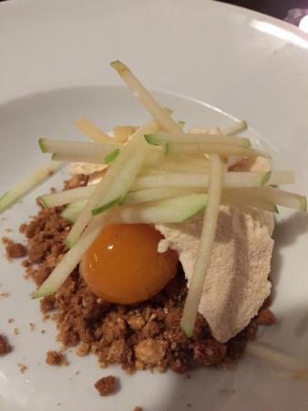 Chameleon Restaurant: Dessert au túrron