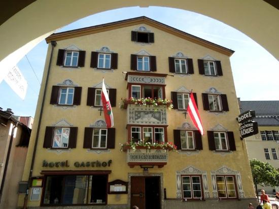 Hotel Gasthof Goldener Löwe: Здание отеля
