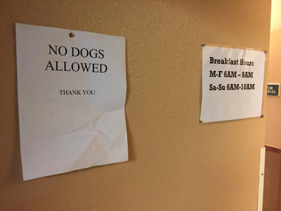 Quality Inn & Suites Broomfield Westminster: No dogs allowed in breakfast area per posted sign.