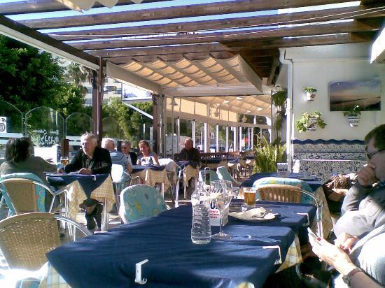 Hotel Miraya: Bon provecho !