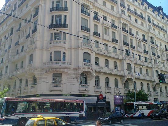 Casa de los 70 balcones
