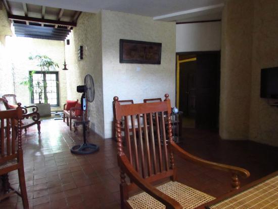 Bangalawa : foyer