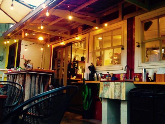 Paia, Hawaje: Local style coffee shop