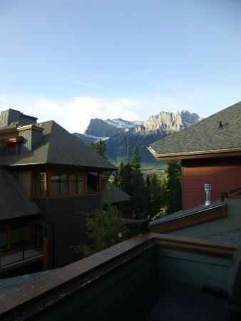 The Lodges at Canmore : Nice view to wake up to!