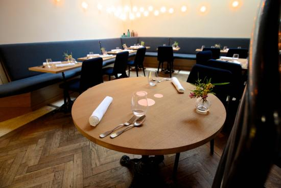 Salle dining room photo de porte 12 paris tripadvisor for Porte 12 restaurant paris